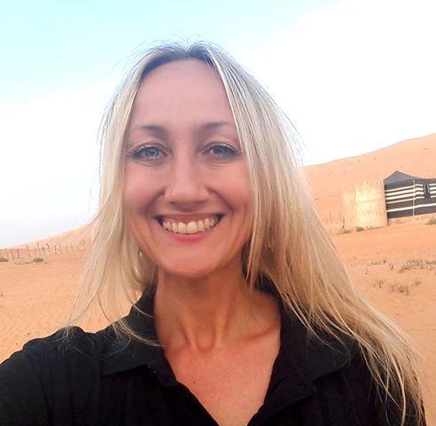 elizabeth sunday blogger e viaggiatrice di Too happy to be homesick