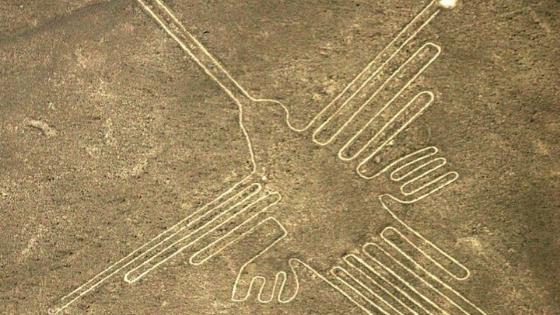 linee di nazca perù a forma di Colibrì viaggiare local importanza colibrì in Colombia